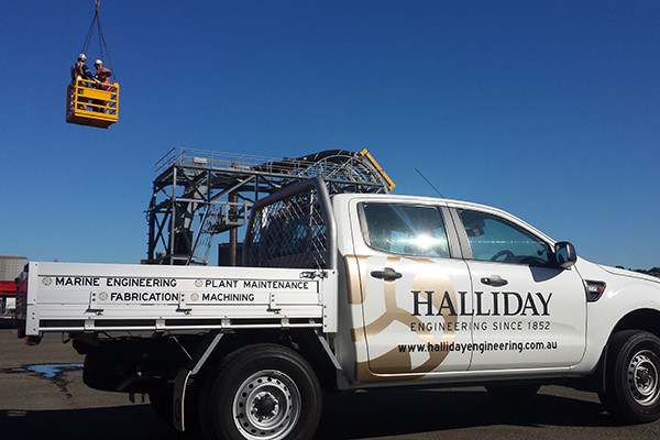 delivery and disposal jobs by Halliday Engineering; qualified riggers; trucks, cranes and utes