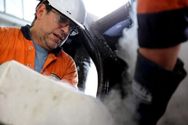 Using liquid nitrogen - Halliday Engineering and Sydney City Marine